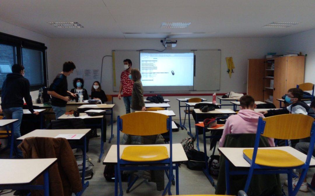 Travail sur la présentation de l'entreprise Finistère Habitat par la classe de 3ème A